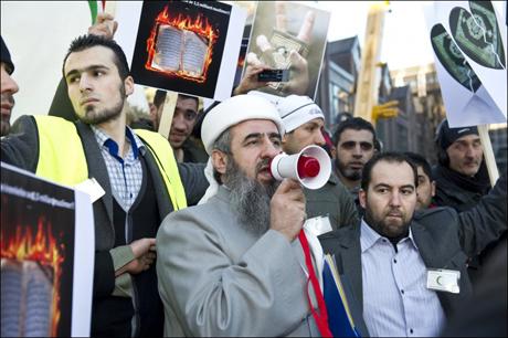 """Norge har lagt ut den raude løyparen for Islam sine """"Heilage krigarar""""."""